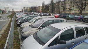 164 miejsca na nowym parkingu przy Metrze Młociny