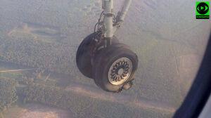 Awaryjne lądowanie samolotu z Gdańska. Pęknięta opona
