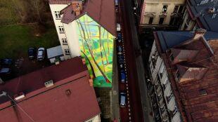 Mural do zadań specjalnych. Będzie oczyszczał powietrze ze smogu